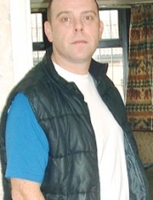 Jason 49 y.o. from UK
