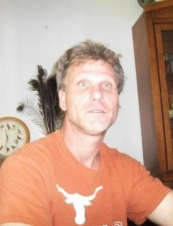 Mark 51 y.o. from USA