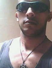 oscar 37 y.o. from Colombia