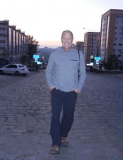 Scott 62 y.o. from USA