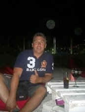 lou 52 y.o. from Netherlands