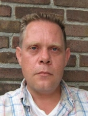 Robert 52 y.o. from Netherlands