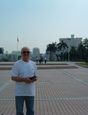 stephen 70 y.o. from UK