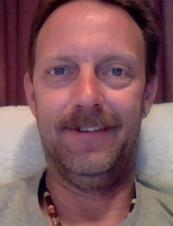 Daniel 57 y.o. from USA