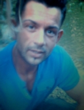 james 46 y.o. from UK