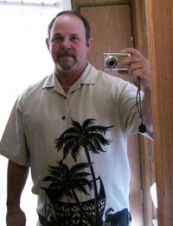 Larry 58 y.o. from USA